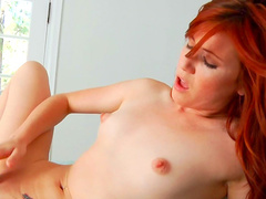 Redhead fox Elle Alexandra and her tight puss