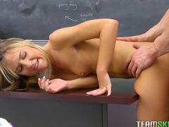 Sweet blonde Kiera Knight is riding on the dick