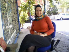 Slideshow of Arab ladies