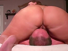 Huge ass facesitting gal