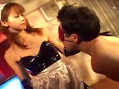 Asian maid Nao Oikawa bangs with her master