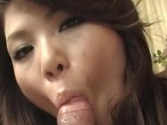 Anna Miyashita kisses dick of Marin Koyanagi