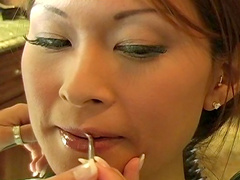 Asian babe Kimmy-Lee is getting a nice makeup