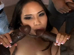 Asian Jessica Bangkok fucks with black dicks