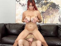 Pornstar Alyssa Lynn Fucks LIVE
