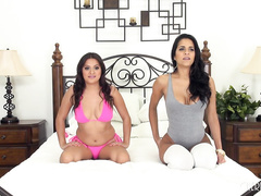 Abby and Selma Fucking LIVE