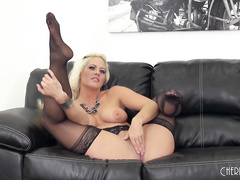 Fucking Blonde Holly Heart LIVE