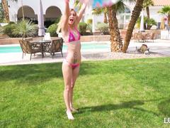 Bikini Babe Kenzie