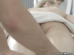 She cums hard on massage table
