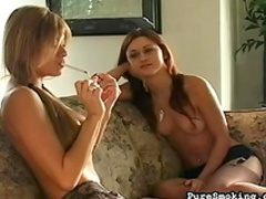 Smoking lady is talking dirty on the cam