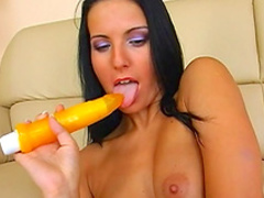 Pavlina is poking her snatch with a nice dildo