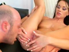 Teen brunette is banging in her juicy ass