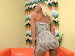Gitta Szoke shows off her pretty pussy
